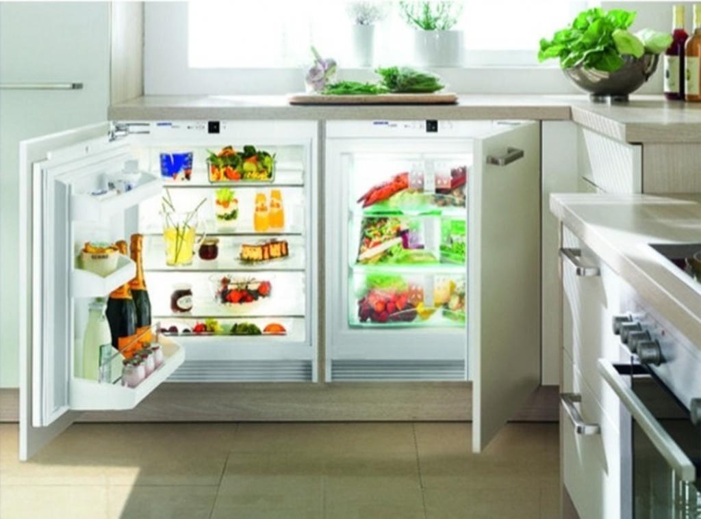 Встроенный холодильник: плюсы и минусы