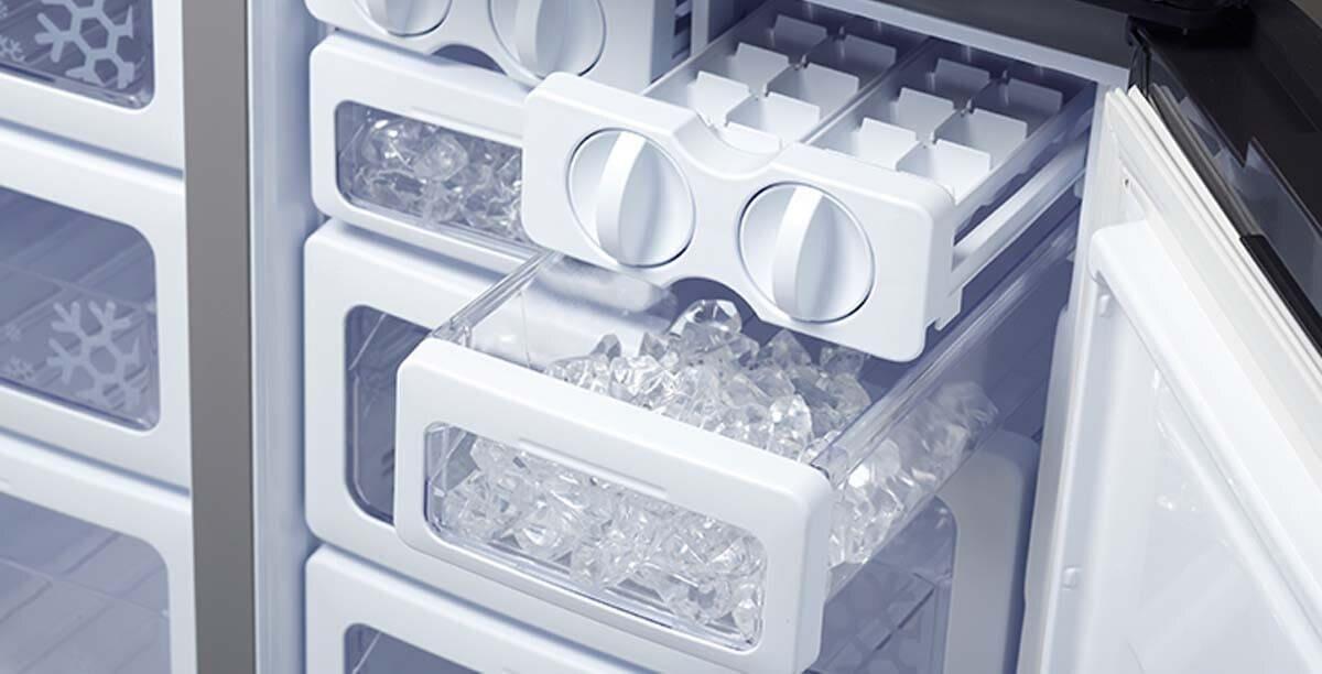 Ледогенератор в холодильнике Sharp