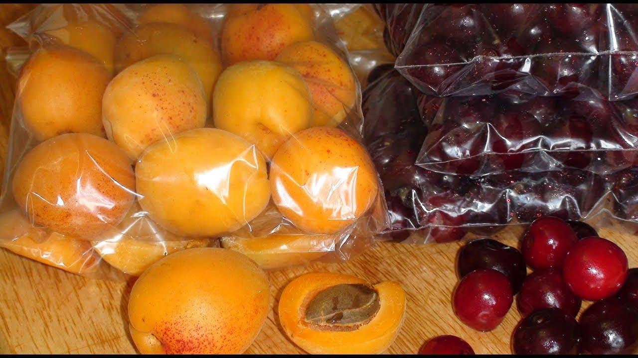 Заморозка ягод и фруктов в морозилке