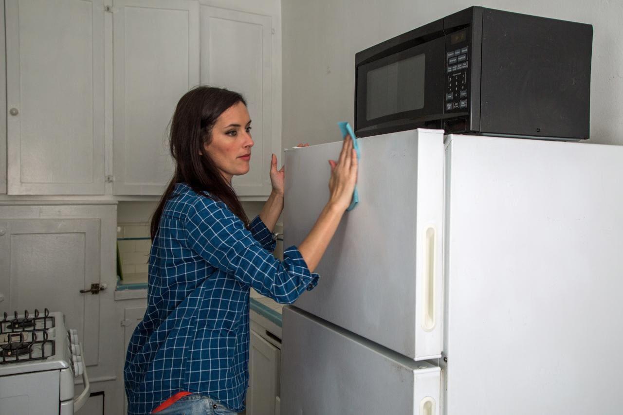 Подготовка поверхности холодильника