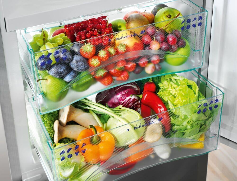 Фруктово-овощная зона холодильника side-by-side