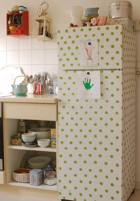 декупаж холодильника Горошек