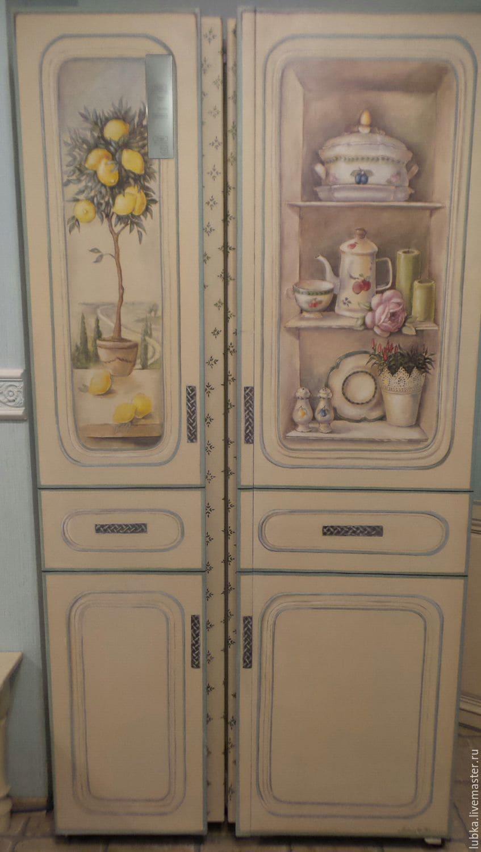 декупаж холодильника Старинный шкаф