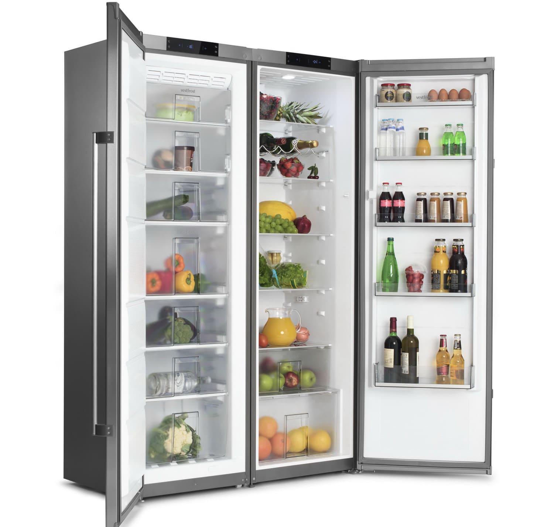 холодильник Vestfrost VF 395-1 SBW